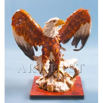 Орёл на подставке - статуэтка, 57*63*35 см., полистоун