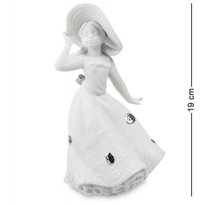 """Статуэтка """"Юная леди"""" 10,5x9x19 см., фарфор Pavone, Италия"""
