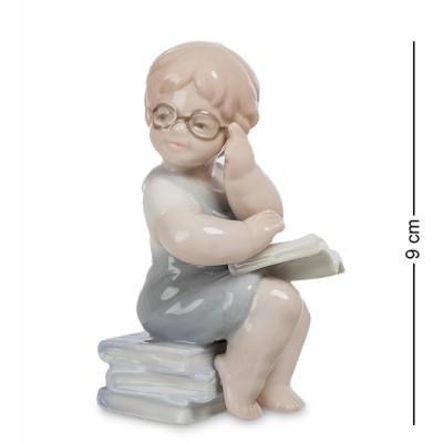 """Фигурка """"Юный учитель"""" 5x4,5x9 см., фарфор Pavone, Италия"""
