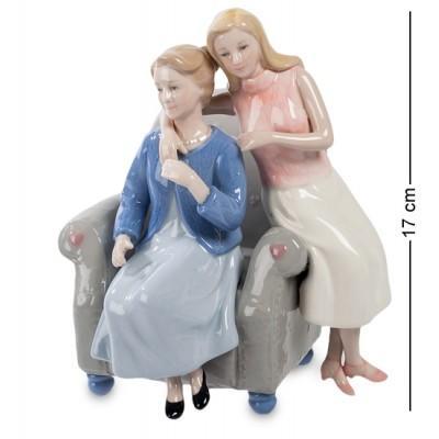 """Статуэтка """"Мама с дочерью"""" 15,5x13x17 см., Pavone, Италия"""
