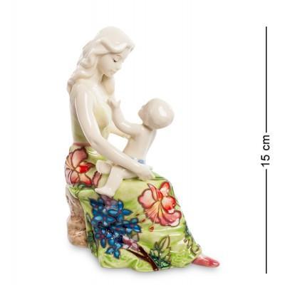 "Статуэтка ""Мамина забота"" 11,5x8x15 см., фарфор Pavone, Италия"