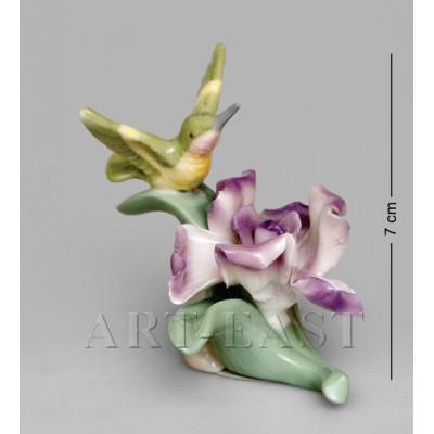 """Фигурка """"Калибри на лотосе"""" 7x7x6,5 см., Pavone, Италия"""