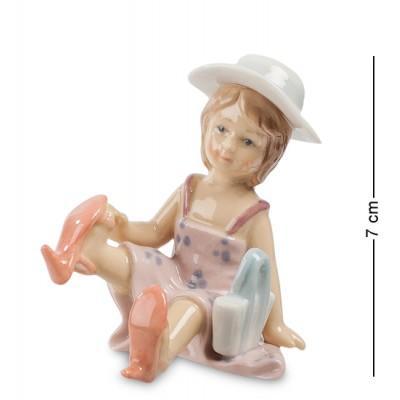 """Фигурка """"Маленькая модница"""" 5x6,5x7 см., Pavone, Италия"""
