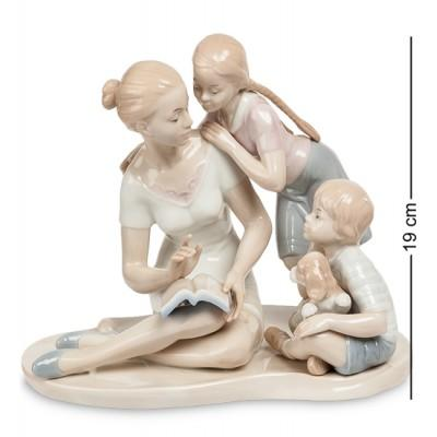 """Фигурка """"Мать и дети"""" 23x15,5x19 см., фарфор Pavone, Италия"""