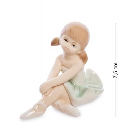 "Фигурка ""Балерина"", 6х8,5х7,5 см., фарфор"