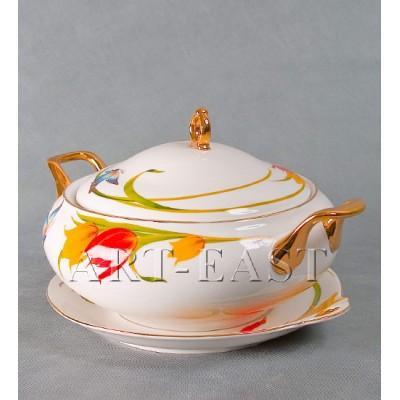"Супница на тарелке ""Тюльпаны"" фарфор"